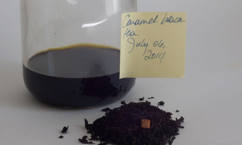 Caramel black tea tincture